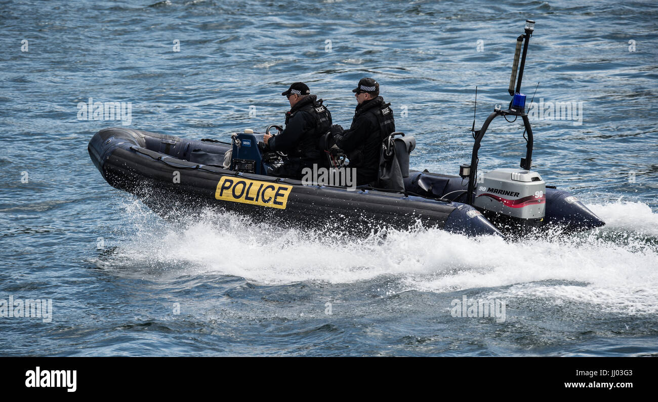MOD Police from Devonport Naval Base patrol Plymouth Sound and The River Tamar. Pic by Paul Slater/PSI Ltd - Stock Image