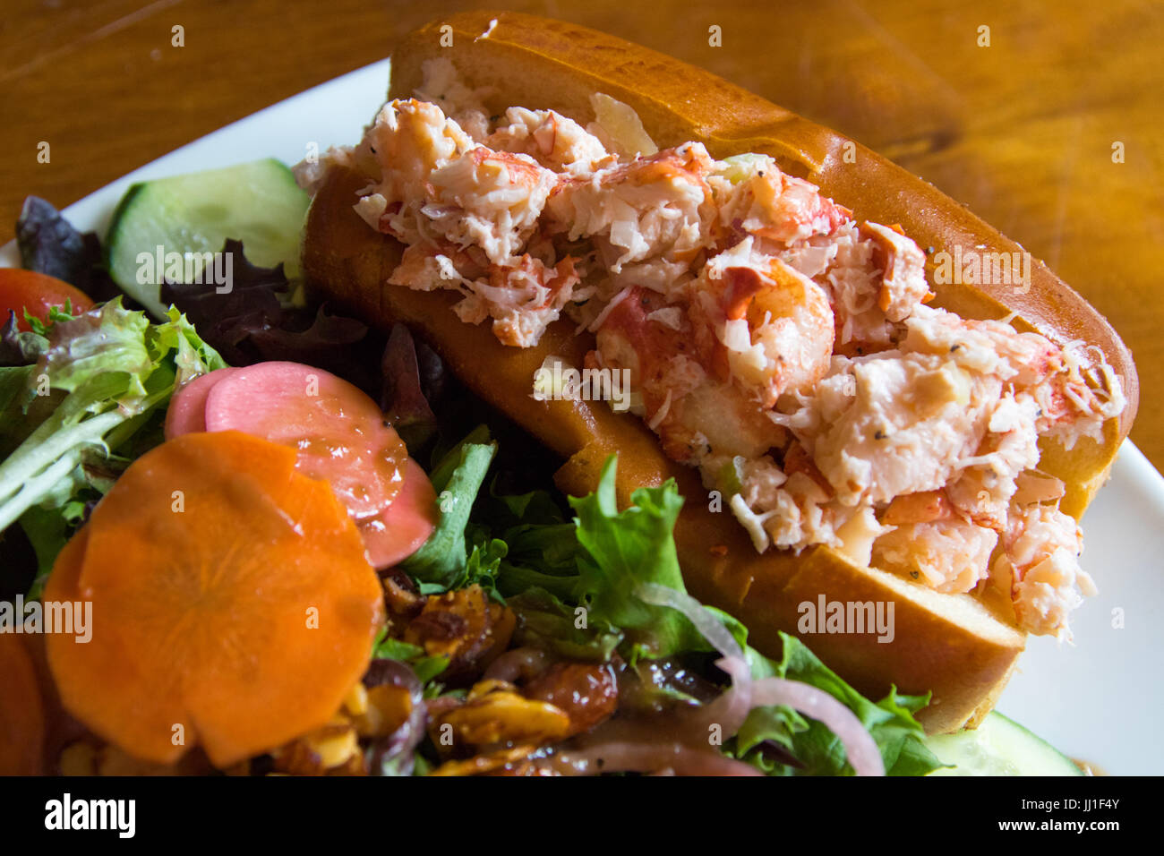 Lobster Roll Stock Photos & Lobster Roll Stock Images - Alamy