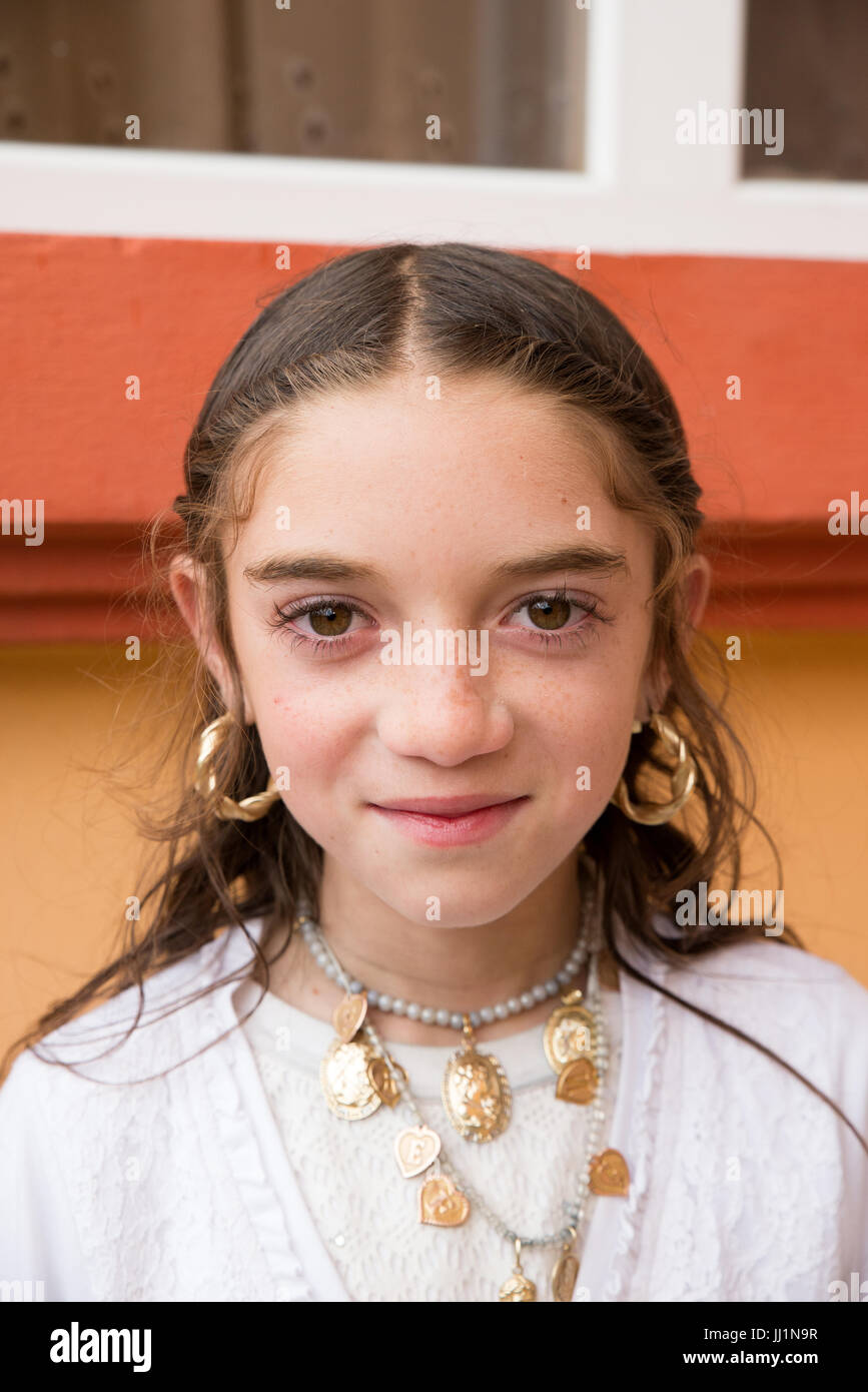 Portrait of a young Roma gyspy girl, Ivanesti, Romania - Stock Image