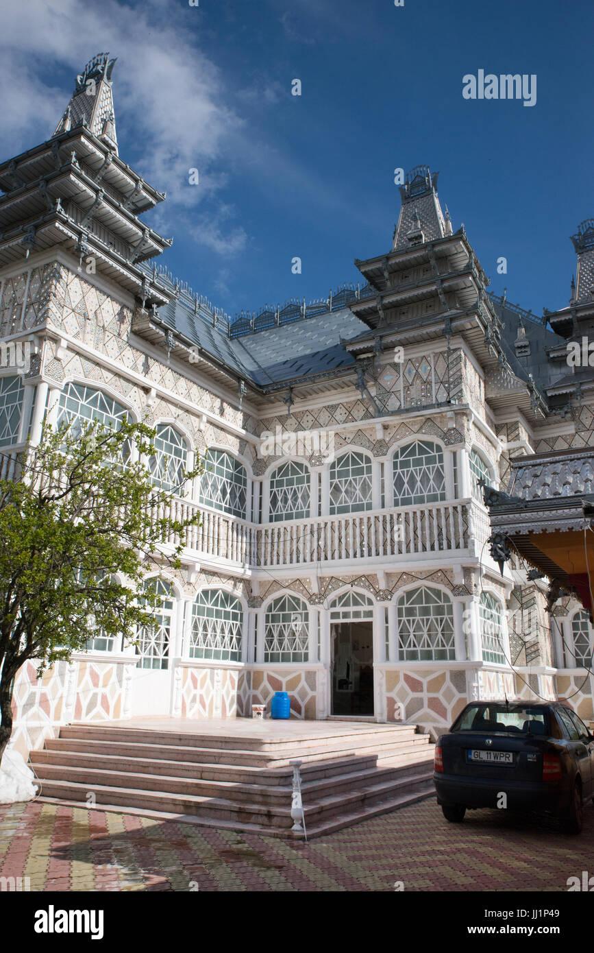 Wealthy house of a Roma gypsy family, Ivanesti, Romania - Stock Image