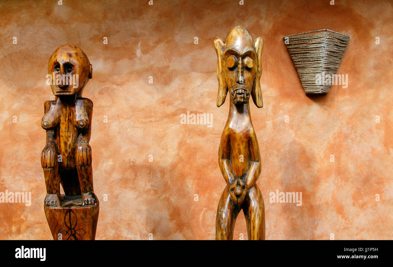 African style wooden fertility statues. - Stock Image
