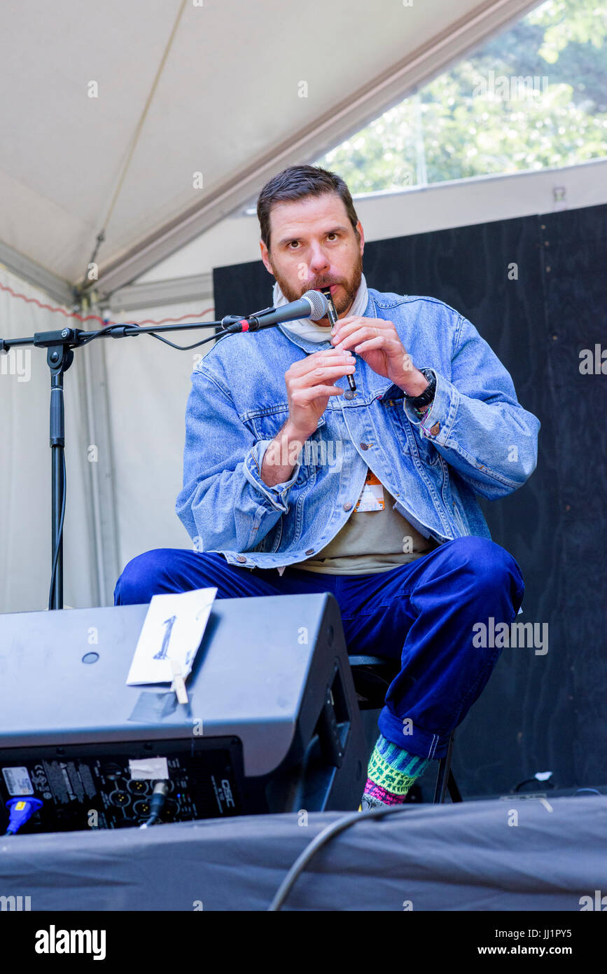 Afie Jurvanen aka 'Bahamas' performing at 40th Annual Vancouver Folk Music Festival, Vancouver, British - Stock Image