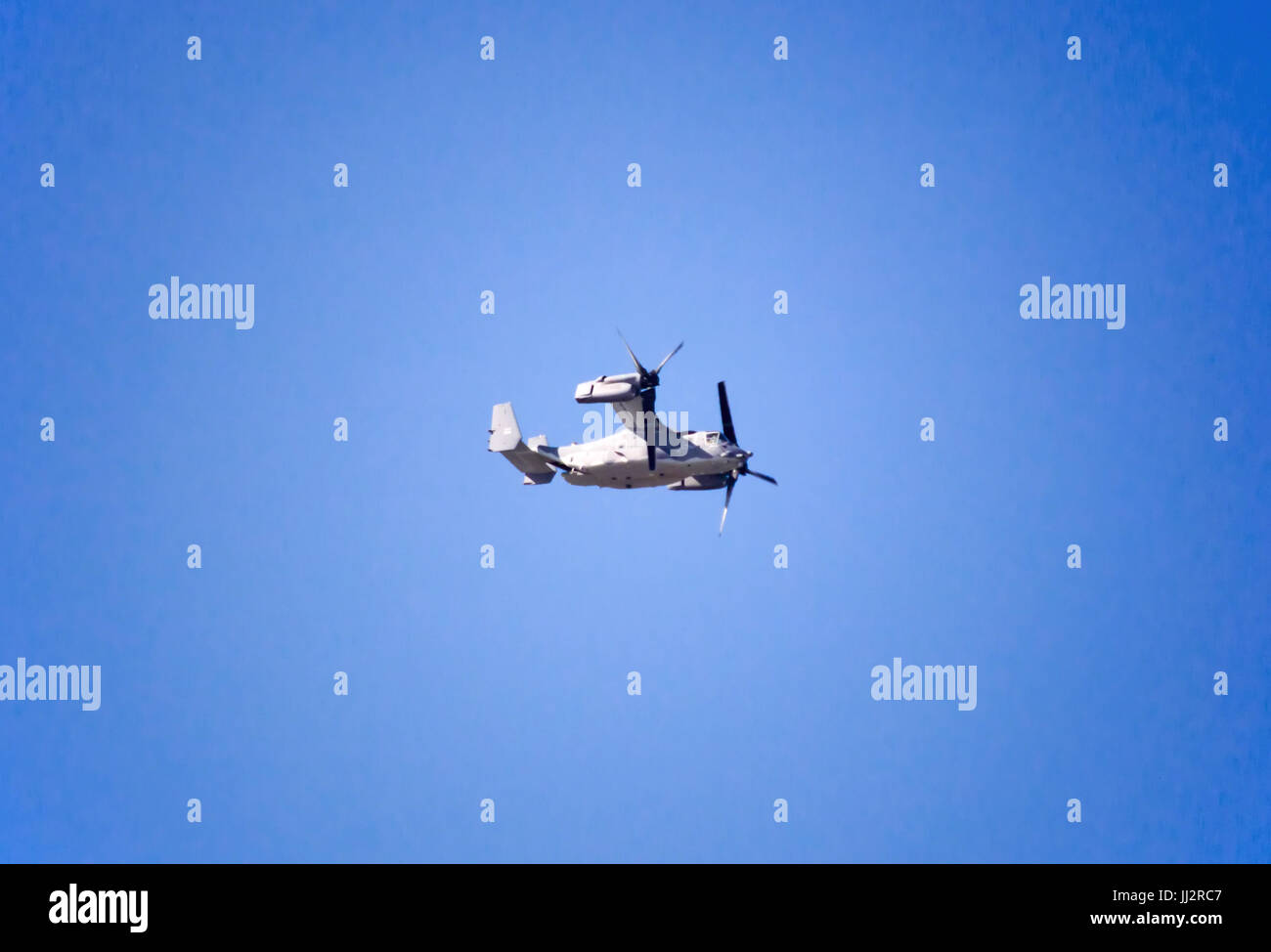 Re Configuration Stock Photos Images Alamy V 22 Osprey Engine Diagram A Military Aircraft Flying In The Airplane Image