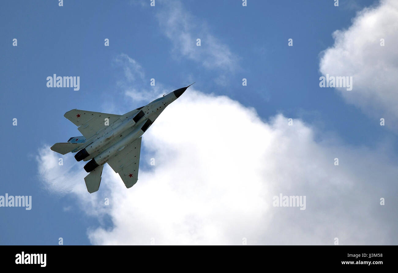 Zhukovsky, Russia. 18th July, 2017. The Russian Mikoyan MiG-35 Fulcrum F multirole fighter performs a fly by during - Stock Image