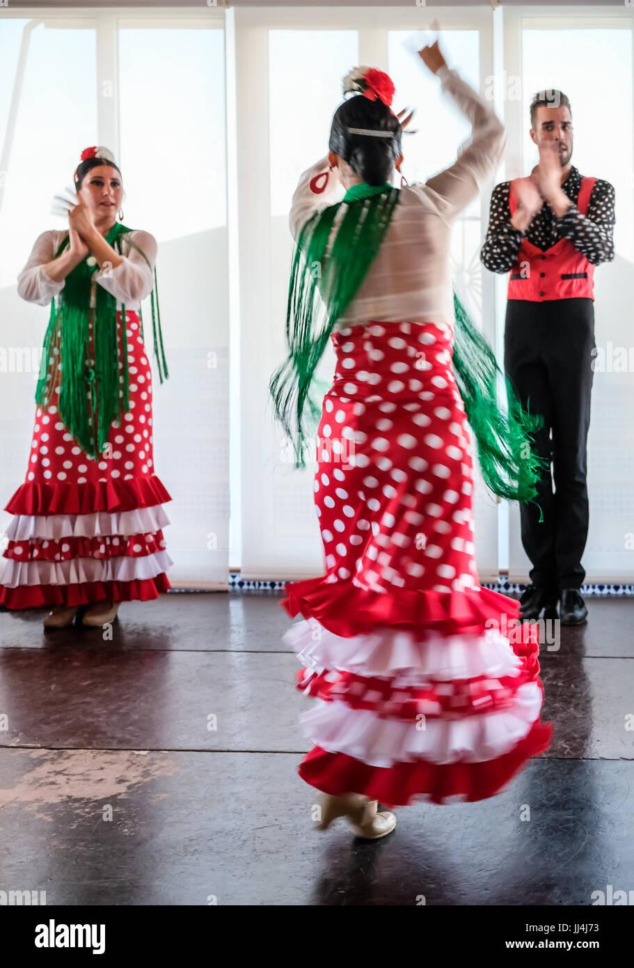 CALAHONDA, ANDALUCIA/SPAIN - JULY 3 : Flamenco Dancing at Calahonda Costa del Sol Spain on July 3, 2017. Unidentified - Stock Image