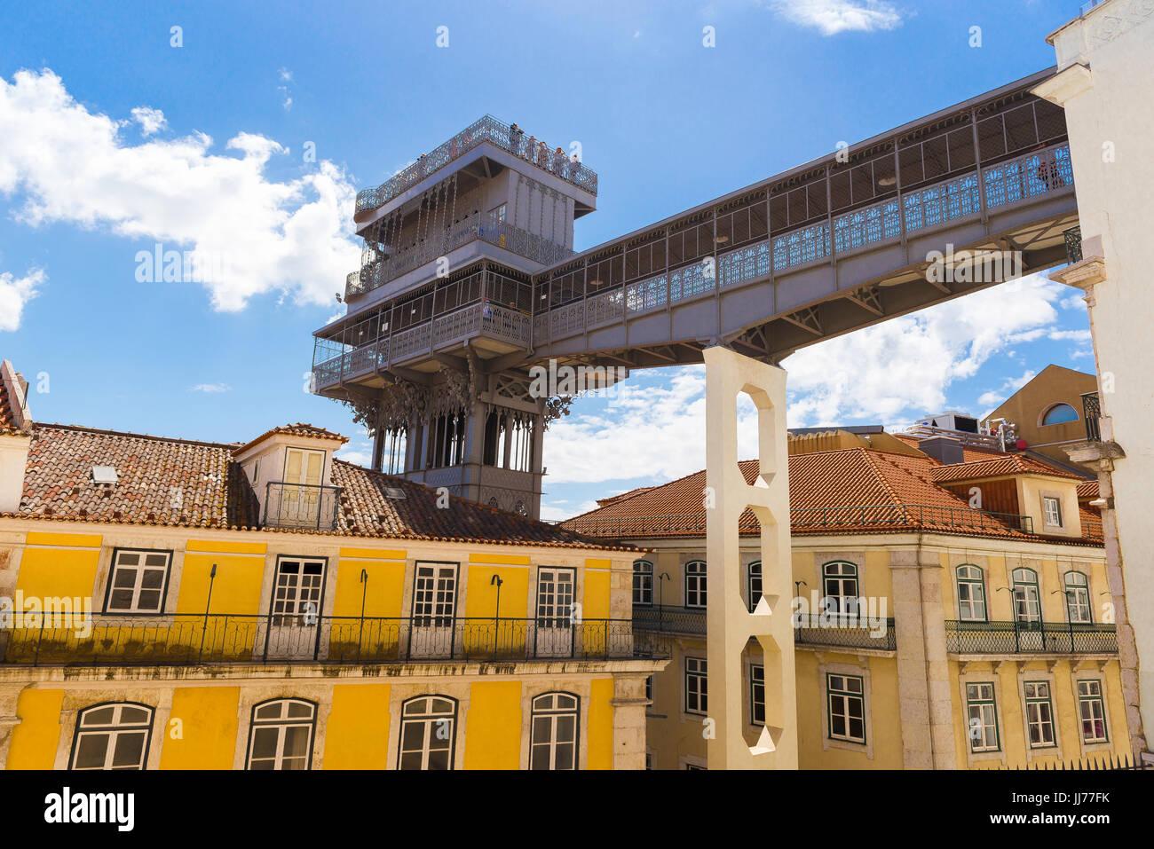 Lisbon Elevador de Santa Justa, view of the walkway of the Elevador Santa Justa spanning the Rua do Carmo in the - Stock Image