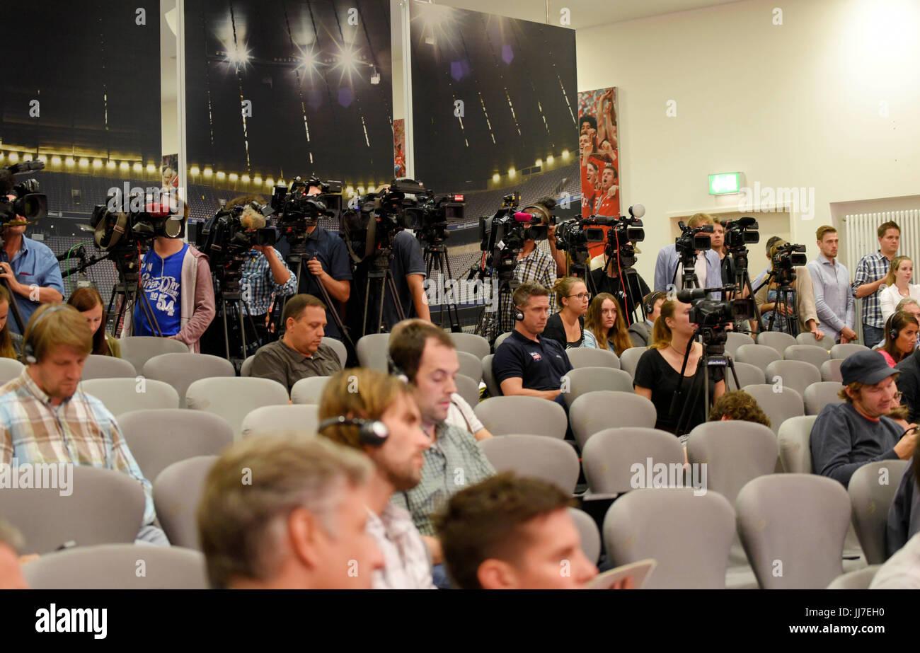 12.07.2017, Fussball 1.Bundesliga 2017/2018,  Pressekonferenz in der Allianz Arena München, FC Bayern München - Stock Image