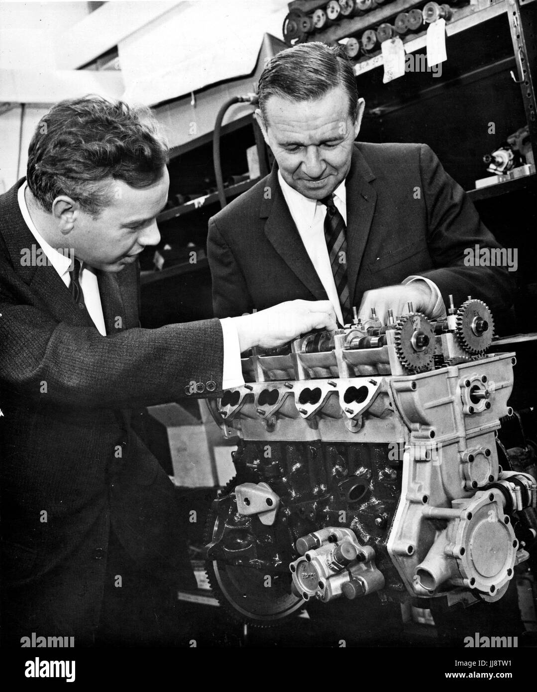 Keith Duckworth with Harley Copp with Ford Formula II engine - Stock Image