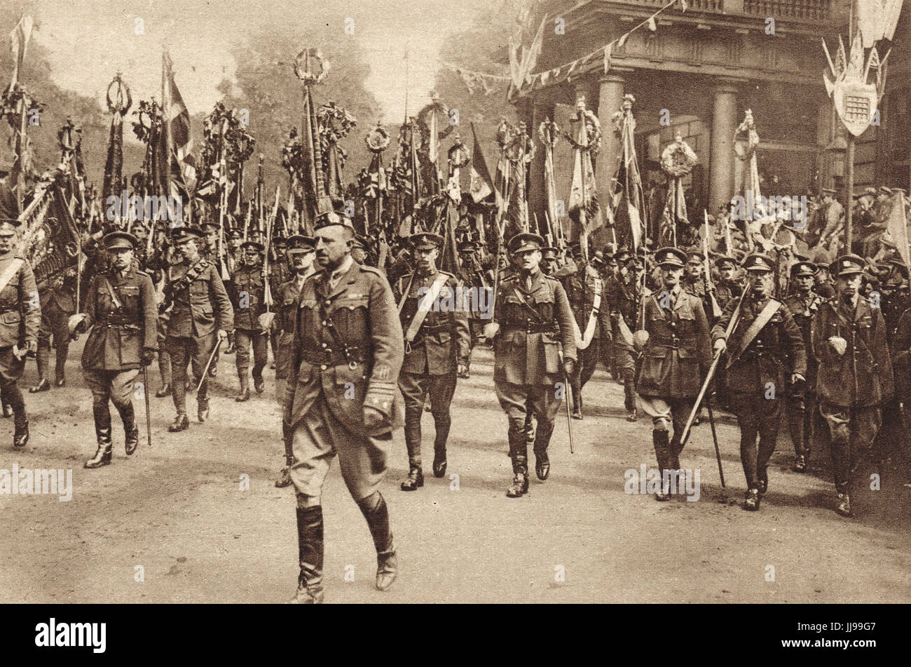Victory parade, Army colours & standards - Stock Image