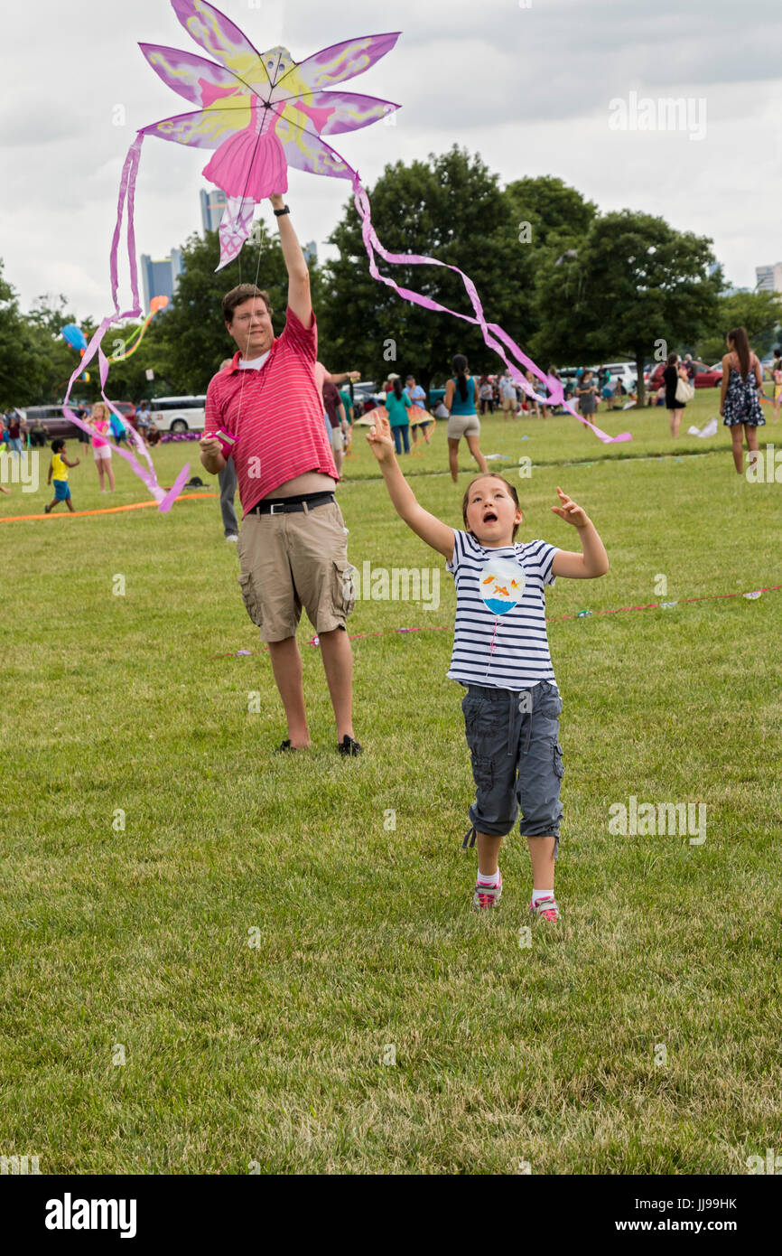 Detroit, Michigan - The Detroit Kite Festival, held on Belle Isle. About a thousand children and adults made kites, - Stock Image