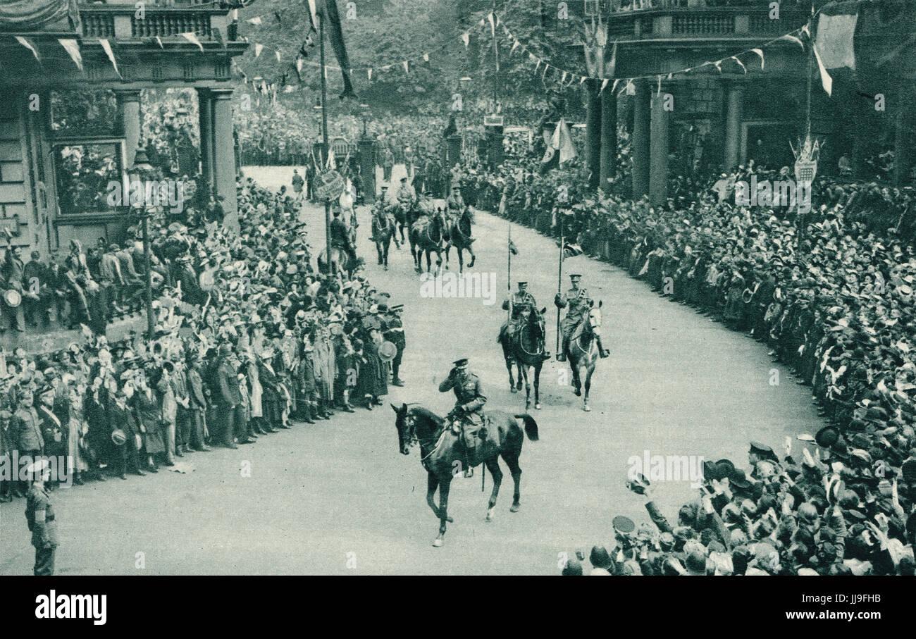Victory parade, Sir Douglas Haig on horseback, July 19 1919, - Stock Image
