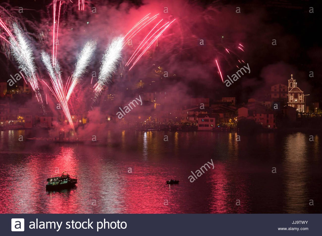 Fireworks, Festa di Santa Croce, Carzano, Lake Iseo, Italy - Stock Image