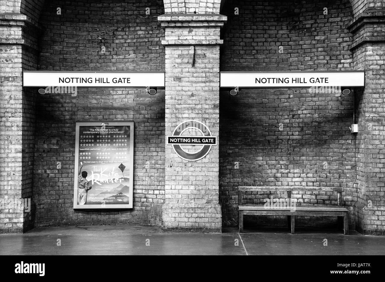 An empty platform at Notting Hill gate London Underground station. - Stock Image