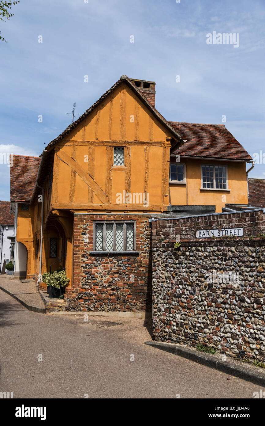 Colourful Half-Timbered House in Barn Street, Lavenham - Stock Image