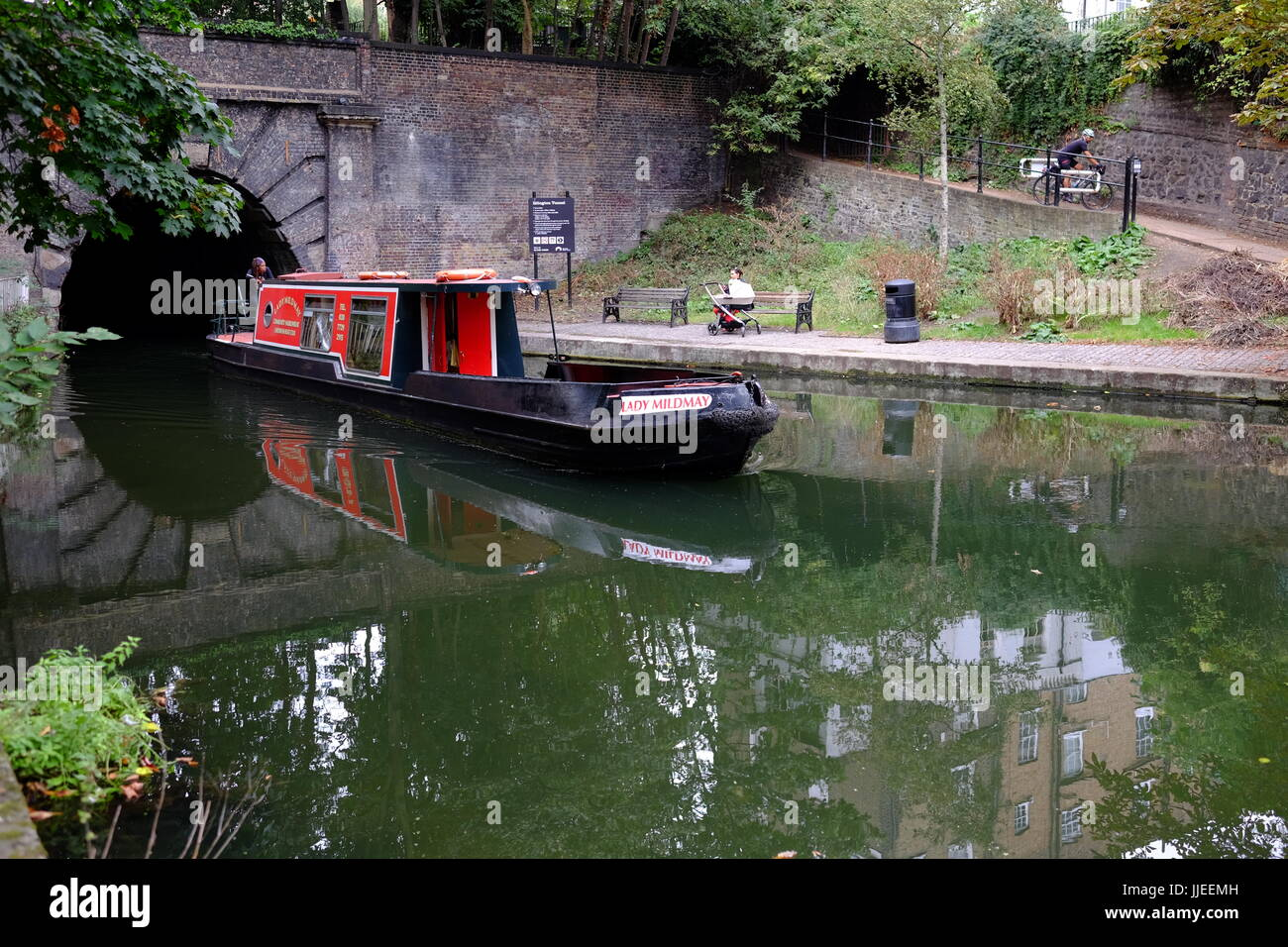Lifestyle changes made by living in house boats on the Regents Canal near the Islington Tunnel, a hidden and very Stock Photo