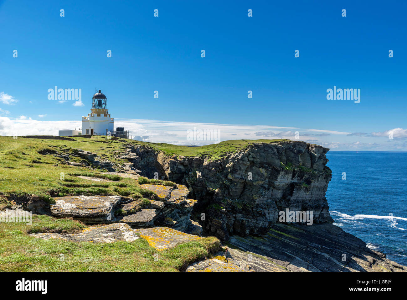 Lighthouse on the Brough of Birsay, Mainland, Orkney, Orkney Islands,  Scotland, UK - Stock Image
