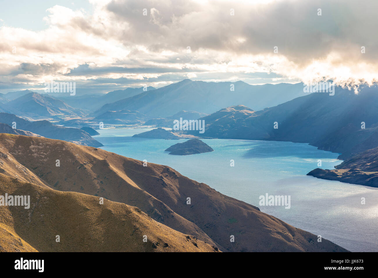 Lake Wanaka and mountain panorama, view from the Isthmus Peak Track, Otago, South Island, New Zealand, Oceania - Stock Image