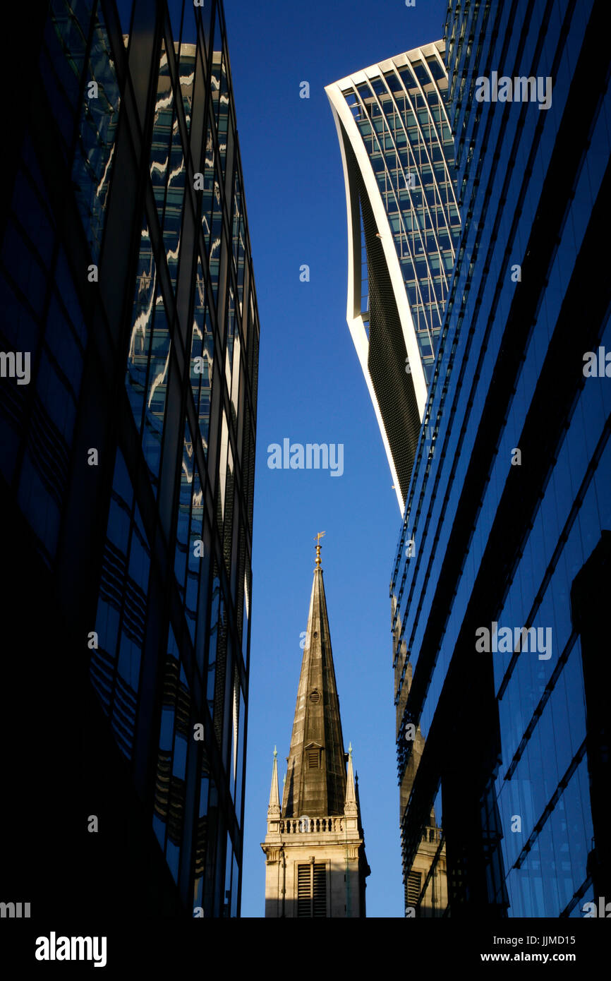 20 Fenchurch Street (Walkie Talkie) and St Margaret Pattens church, City of London, UK - Stock Image