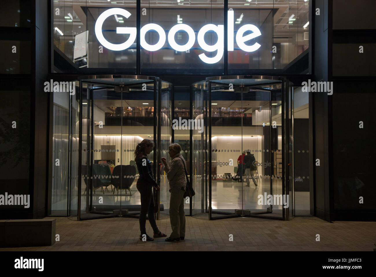 Google's temporary premises before they move into a purpose-built office. Located at King's Cross - Stock Image