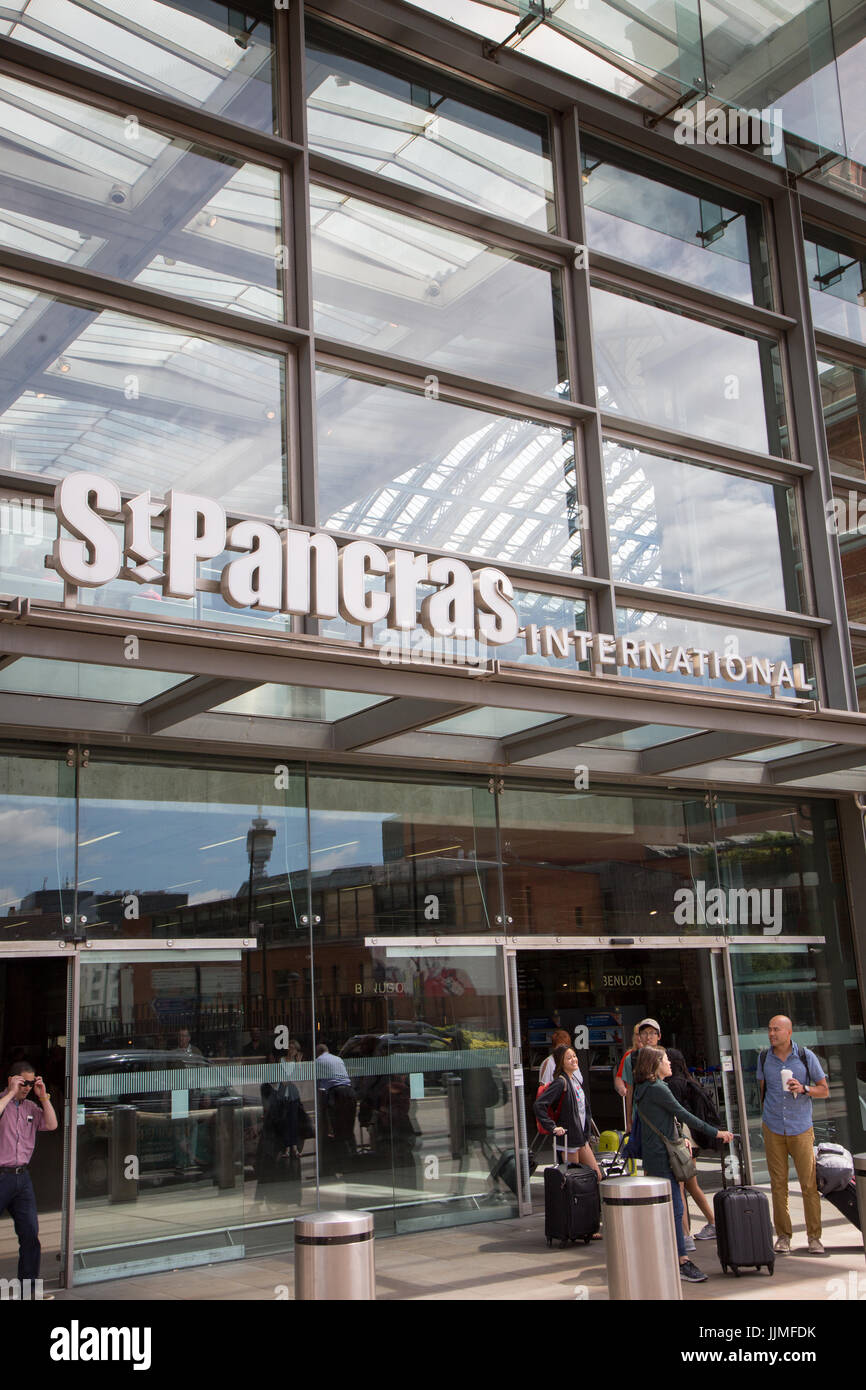 St Pancras International Train Station, exterior with signage - Stock Image