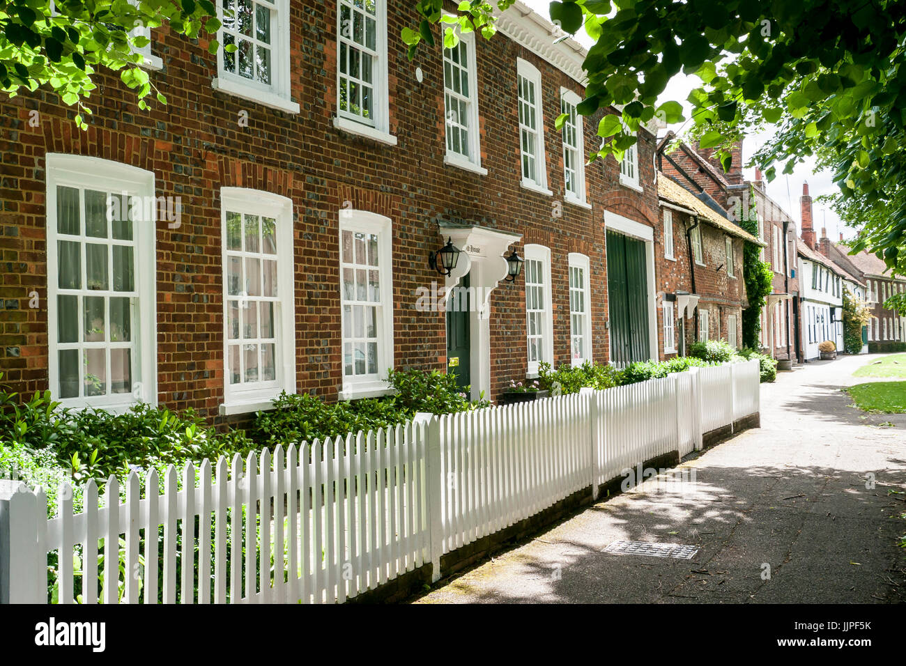 A row of classical georgian terrace houses in the high street of wendover, buckinghamshire, in the chiltern hills, - Stock Image