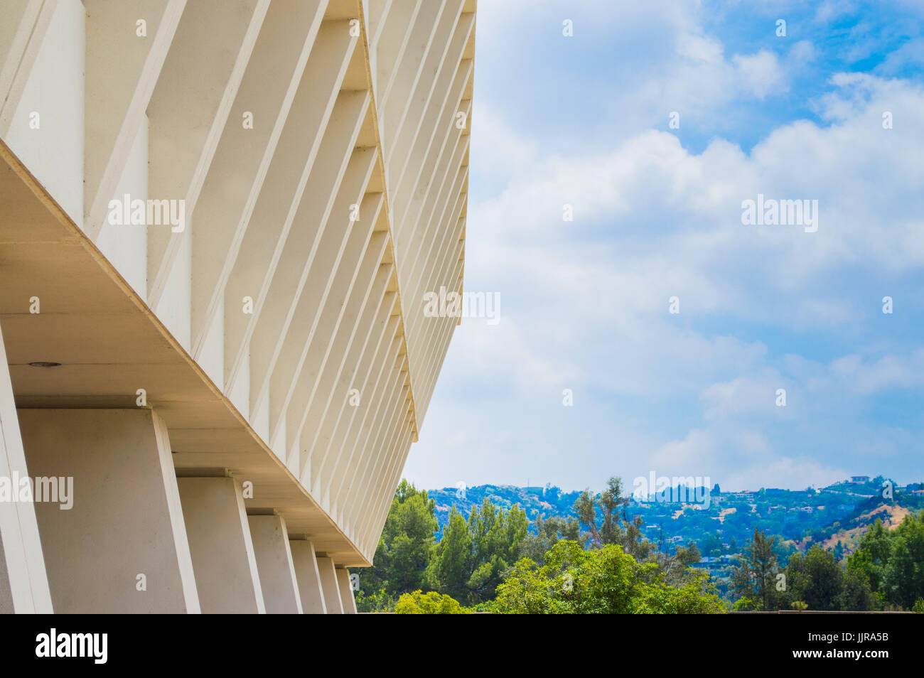 concrete Brutalist building in Los Angeles viewed from below - Stock Image