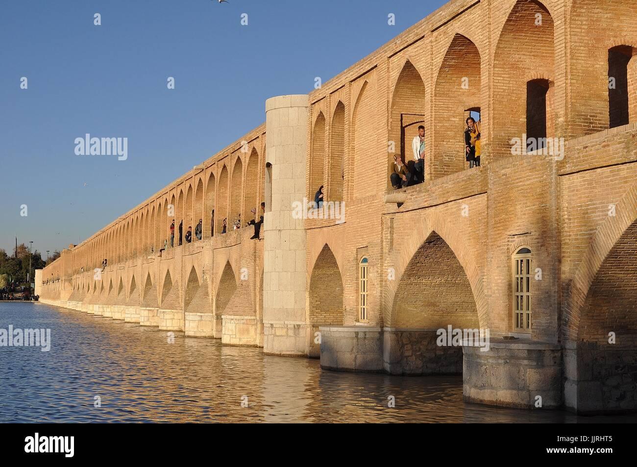 SI-O-SEH BRIDGE of 33 ARCHES, ISFAHAN, IRAN Stock Photo