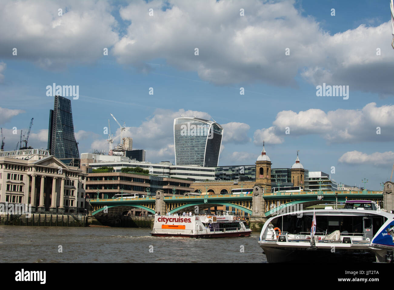 Walkie Talkie sky scraper from The Thames - Stock Image