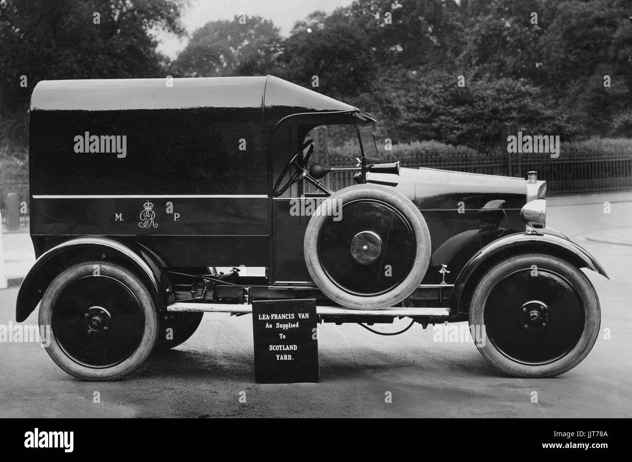 1925 Lea Francis Met Police van - Stock Image