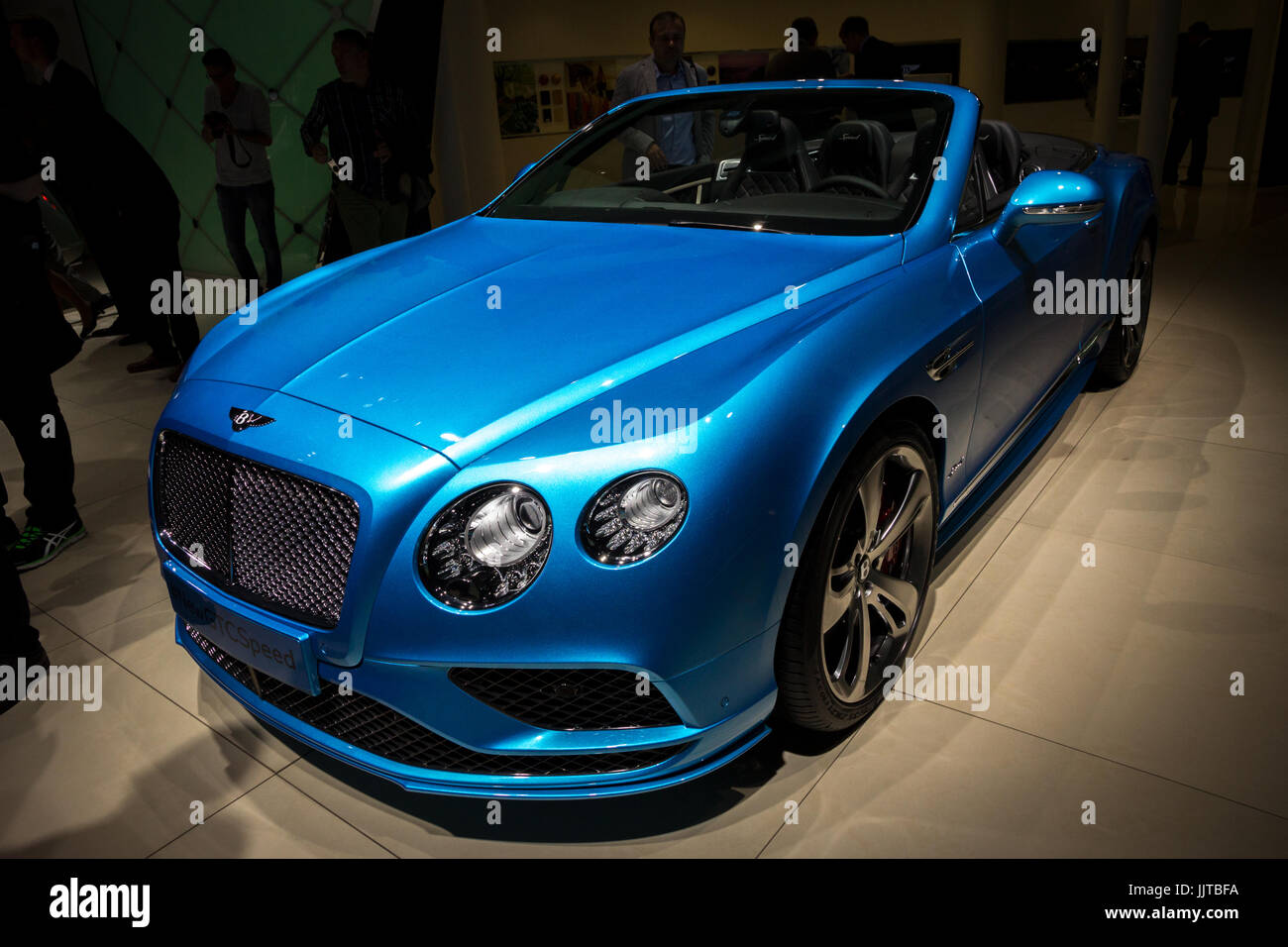 Blue Bentley Convertible High Resolution Stock Photography And Images Alamy