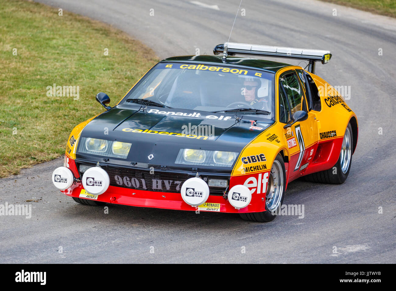 Chrono Alpine 1977-renault-alpine-a310-rally-car-at-the-2017-goodwood-festival-of-JJTWYB