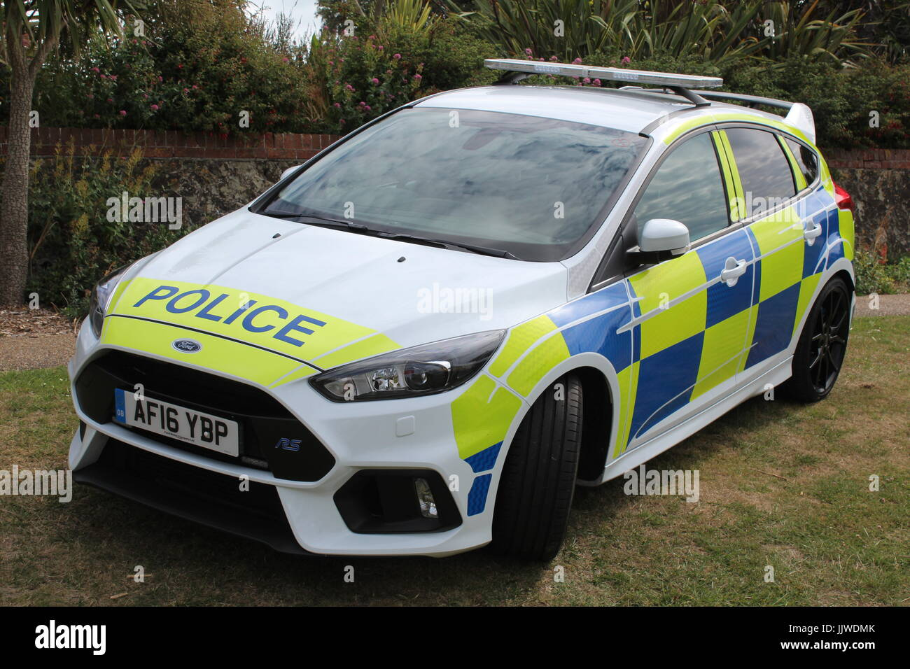 Sussex police car ford focus rs demonstrator