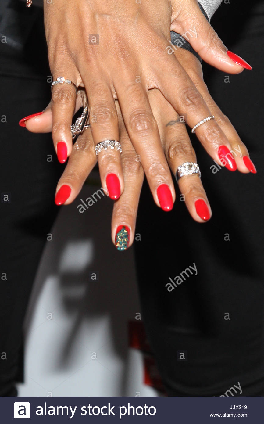 Kelly Rowland. Performers arrive for the Rock the Red Kettle Concert ...