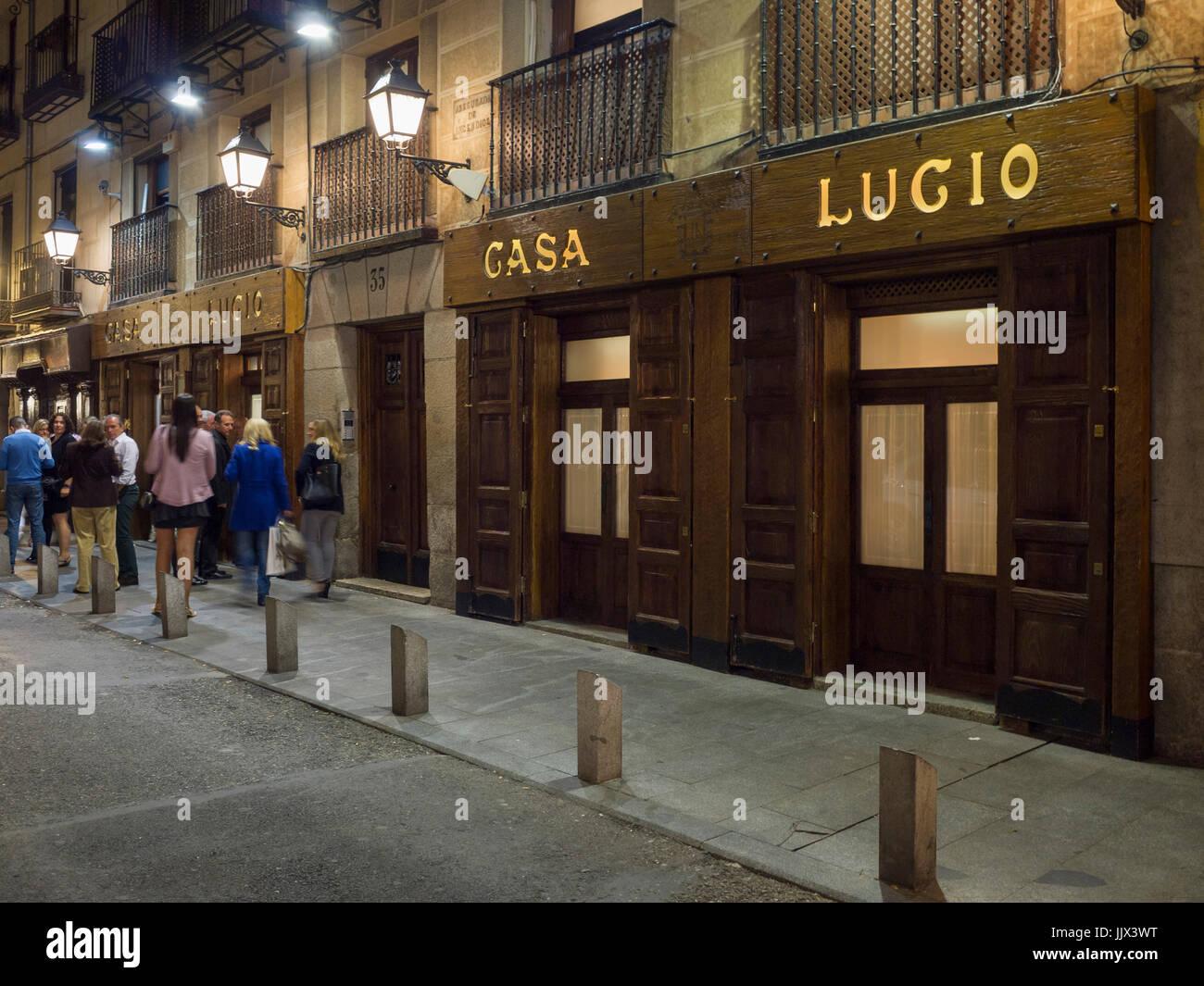 Casa Lucio En El Barrio De La Latina Madrid Espana Stock Photo