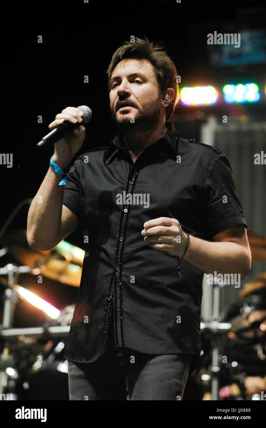Watch Duran duran singer admits to video