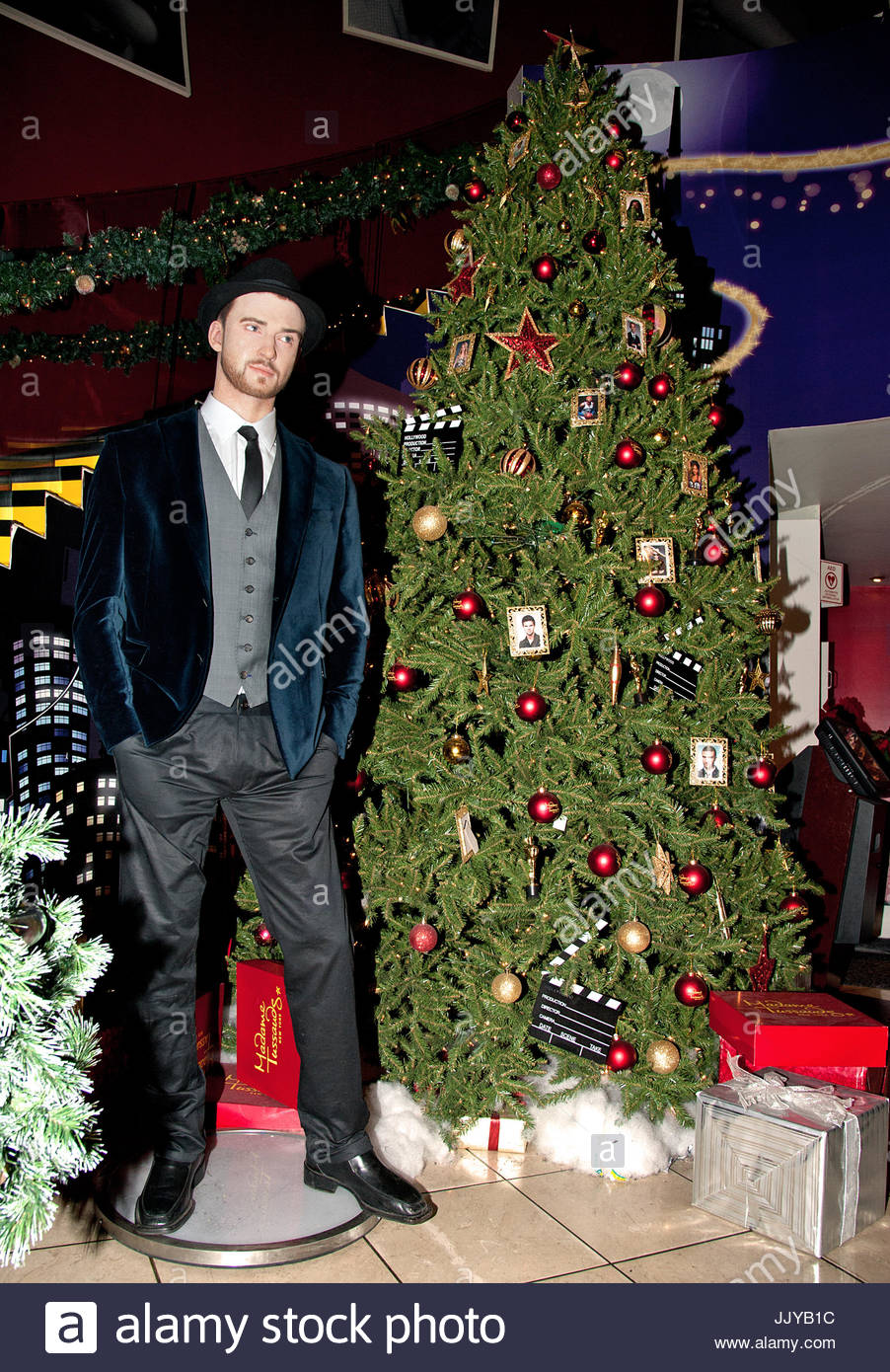 Justin Timberlake Holiday Wax Figure. Christmas at Madame Tussaud\'s ...