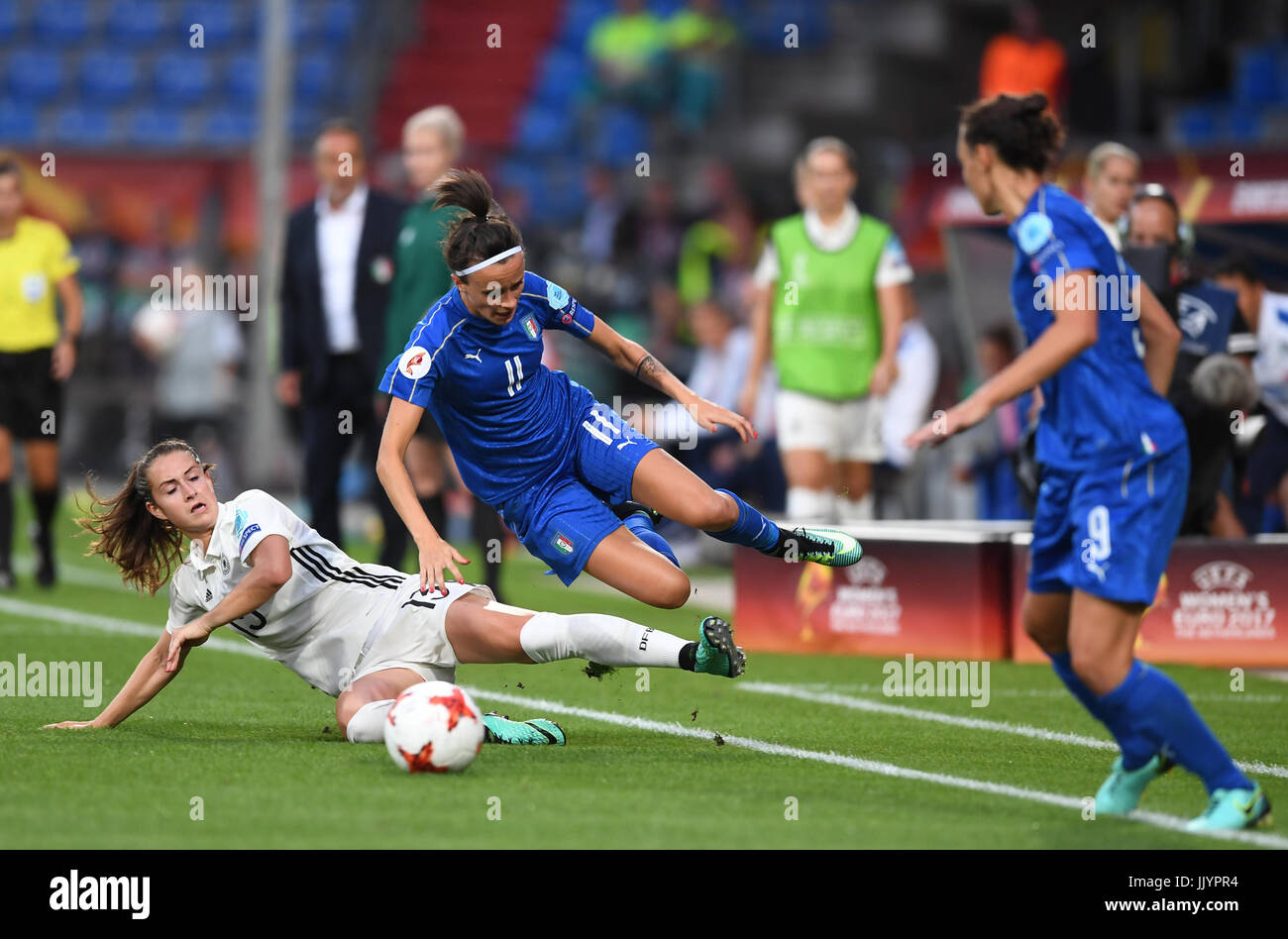 Germany's Sara Daebritz (L) and Barbara Bonansea from Italy vie for the ball during the women's European Soccer Stock Photo