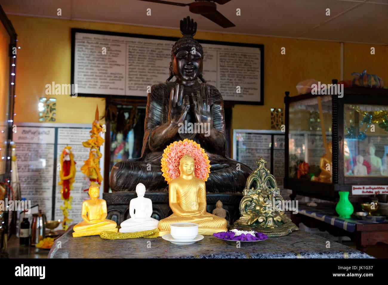 Galle Sri Lanka Rumassala Road Sri Vivekaramaya Temple Statue Of Buddha With Left Hand In Vitarka Mudra Gesture - Stock Image