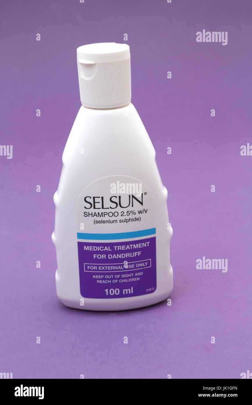Selsun Shampoo Medicated Shampoo Treatment For Dandruff Stock Photo