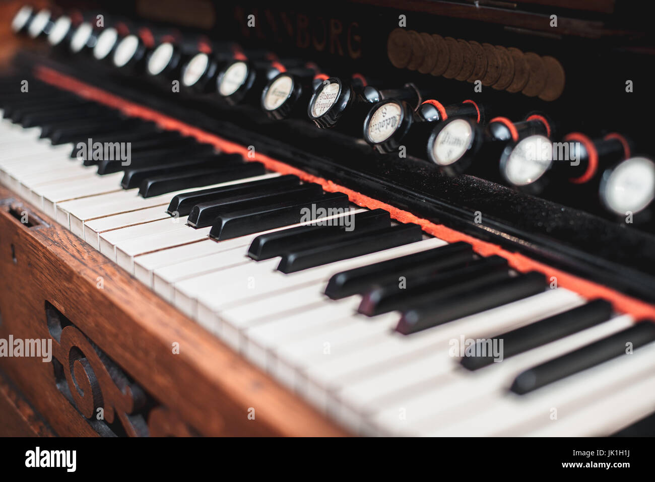 Harmonium Stock Photos & Harmonium Stock Images - Alamy