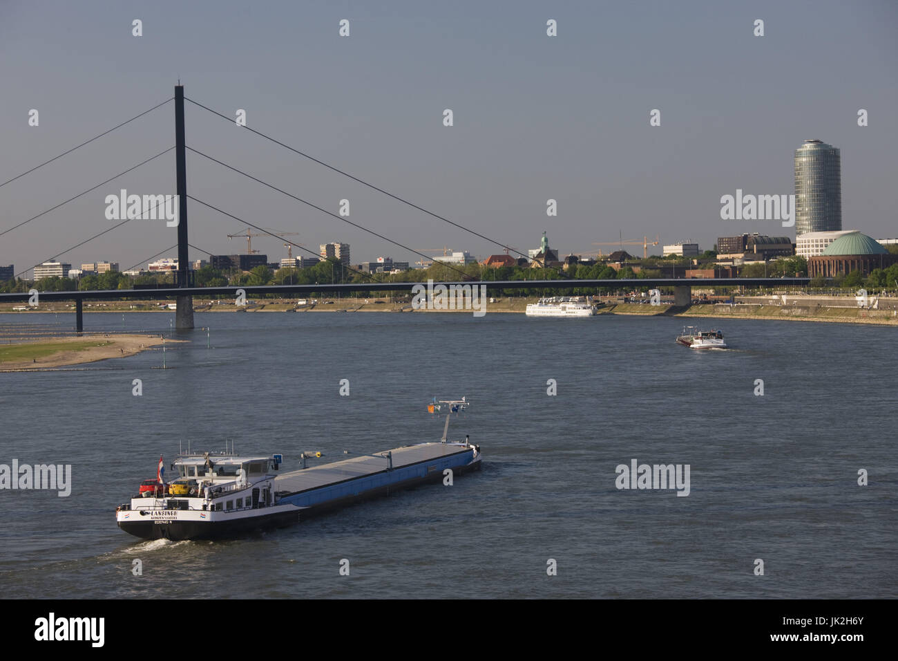 Germany, Nordrhein-Westfalen, Düsseldorf, Rheinkniebrücke, Rhein River, - Stock Image