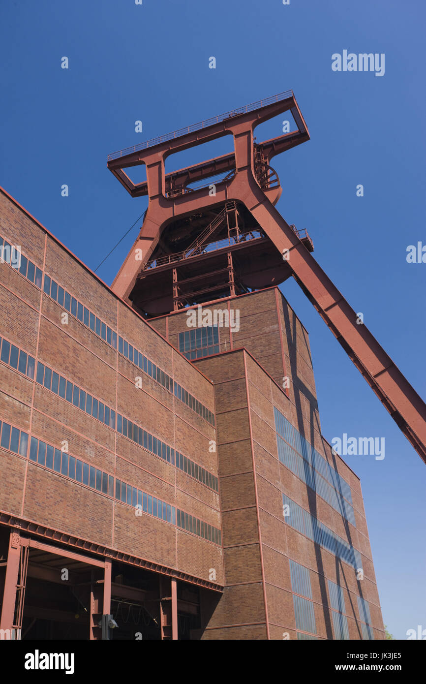 Germany, Nordrhein-Westfalen, Ruhr Basin, Essen, World Heritage Zollverein former coal mine, Shaft 12, - Stock Image