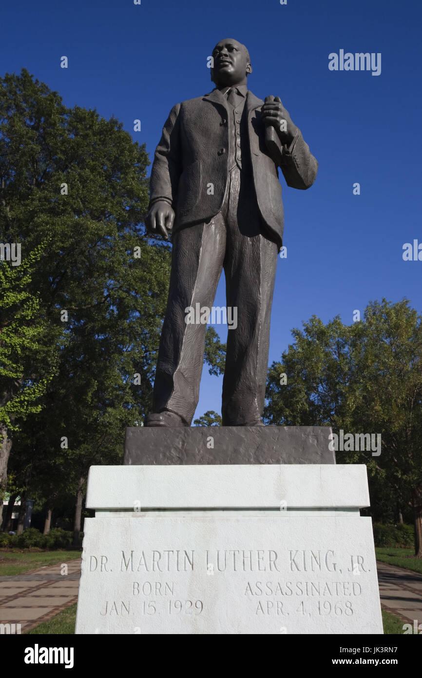 USA, Alabama, Birmingham, Kelly Ingram Park, landmark to the Civil Rights struggle of African-Americans, statue of Rev. Martin Luther King, Jr. Stock Photo