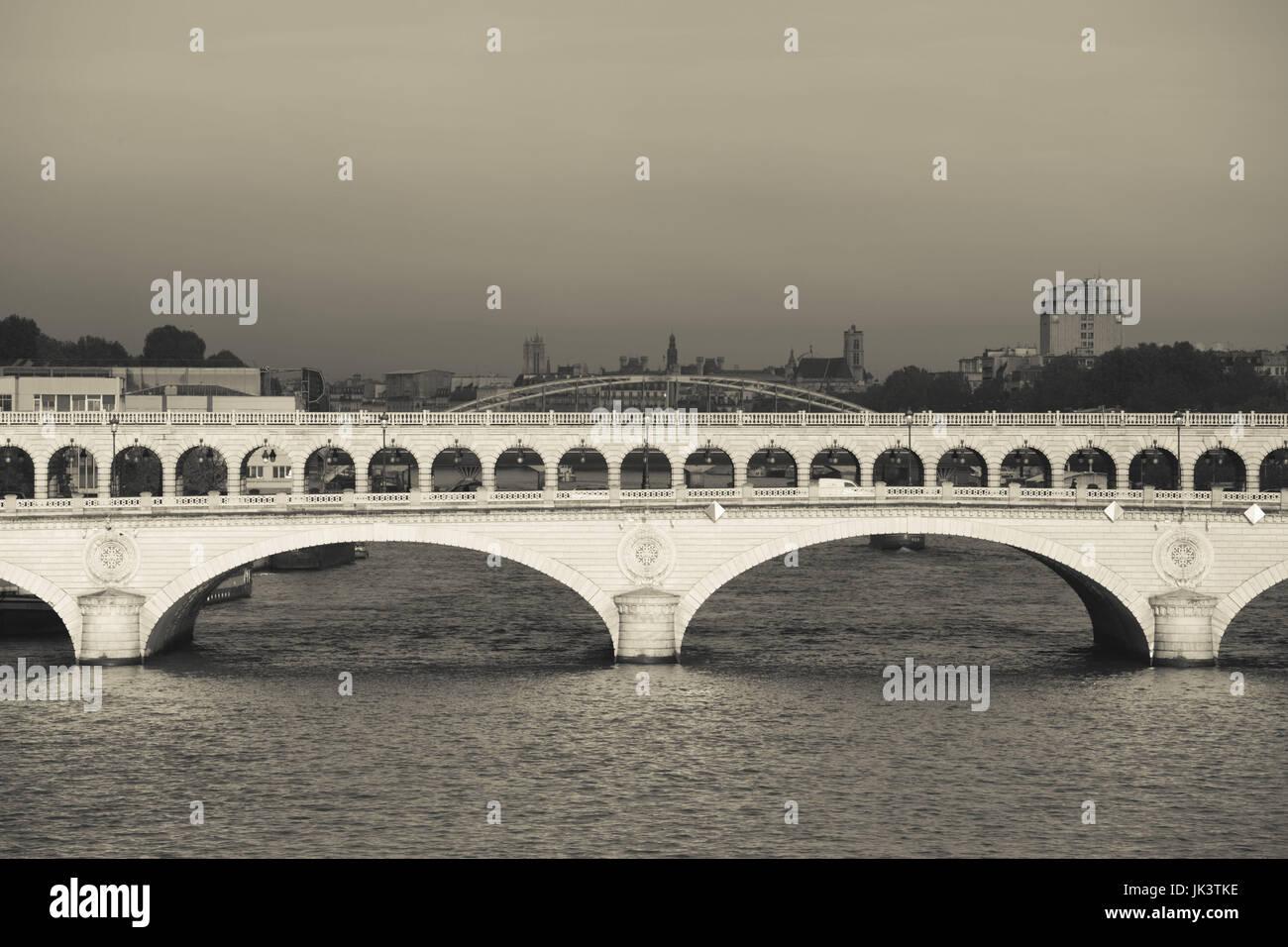 France, Paris, Pont de Bercy bridge, morning - Stock Image