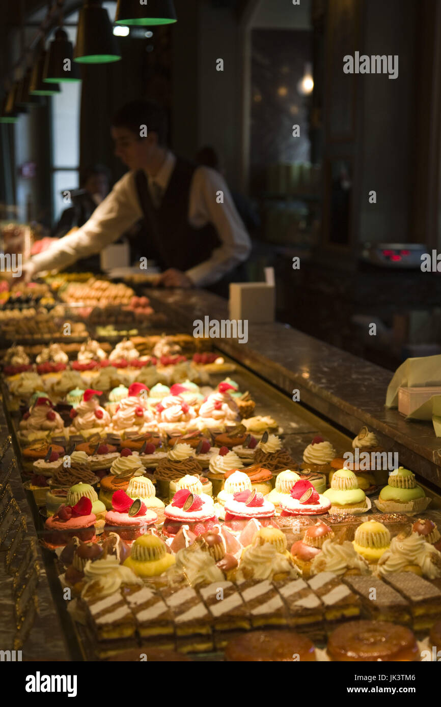 France, Paris, Pastries for sale at Laduree on the Champs Elysees - Stock Image