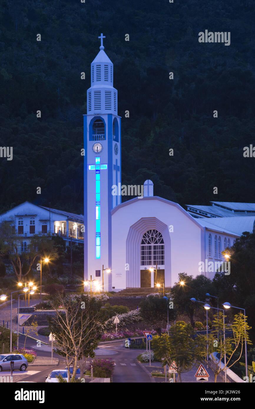 """Znalezione obrazy dla zapytania: cilaos church réunion by night"""""""