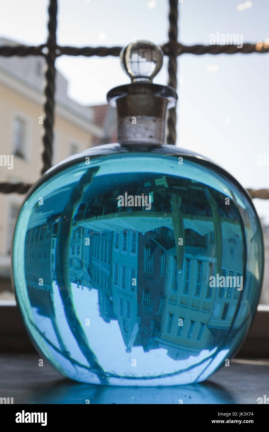 Estonia, Tallinn, Old Town, Raekoja Plats, Town Hall Square, Town Council Pharmacy, b. 1422, colored liquid in window - Stock Image