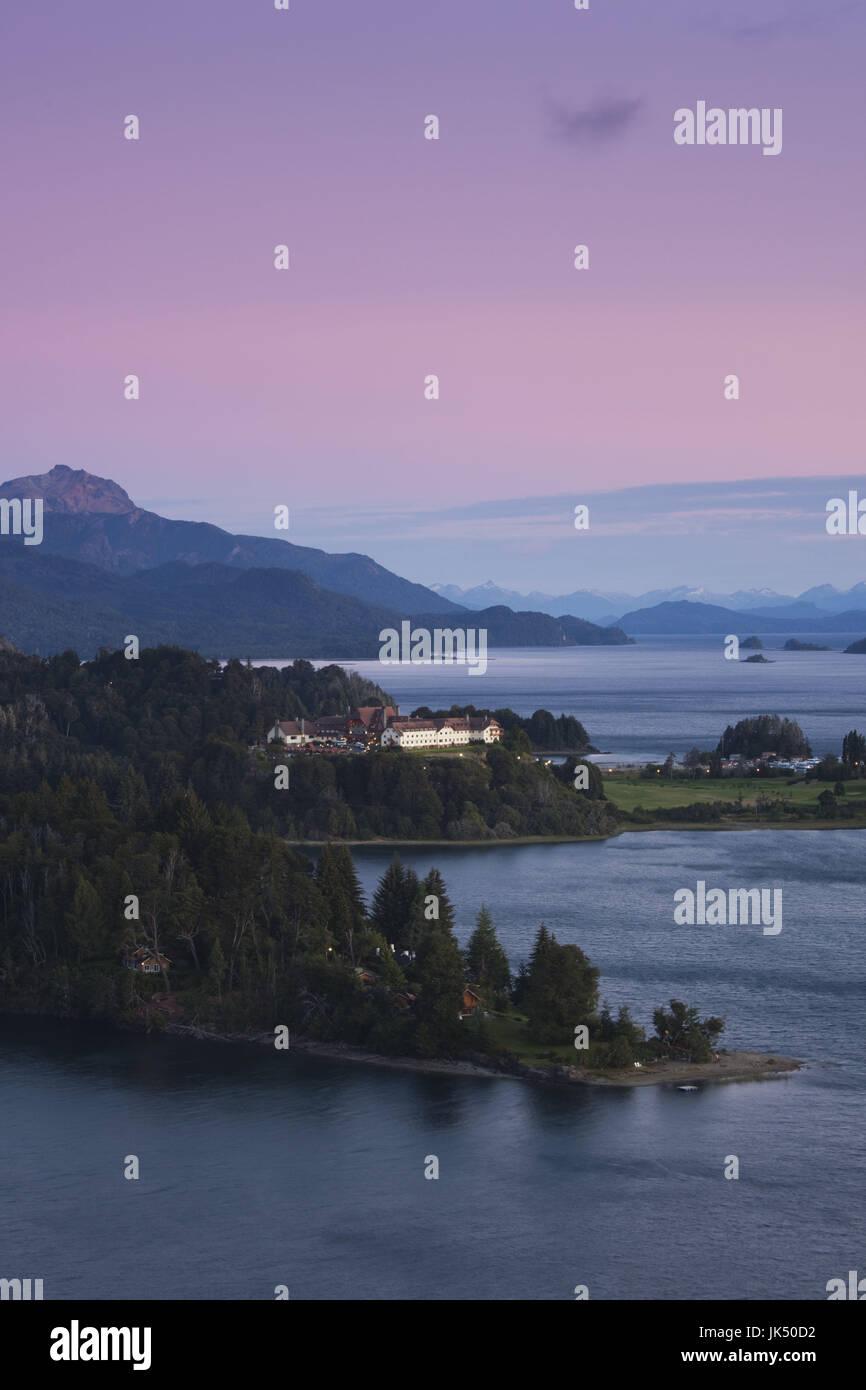 Argentina, Rio Negro Province, Lake District, Llao Llao, Hotel Llao Llao and Lake Nahuel Huapi, dawn - Stock Image