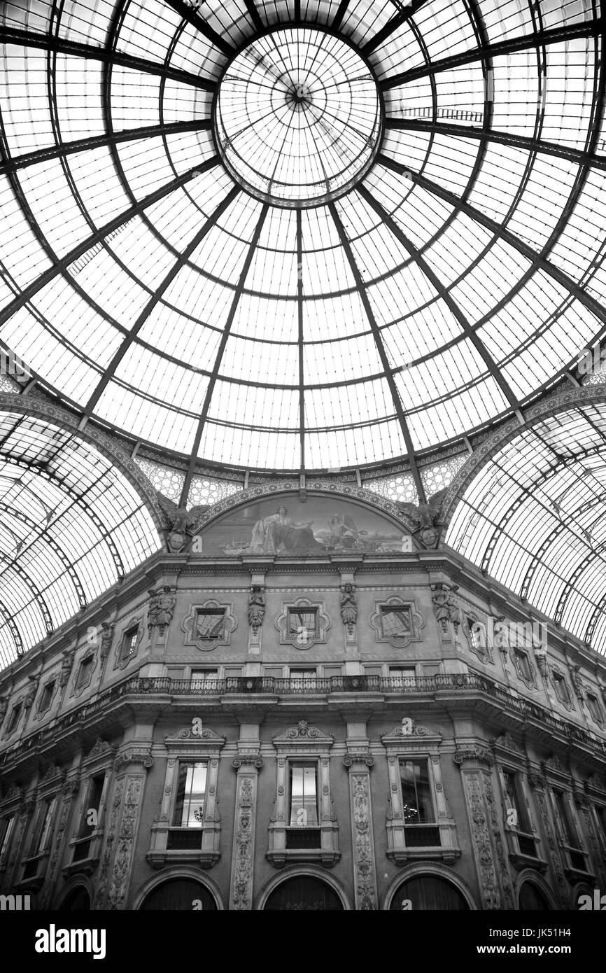 Italy, Lombardy, Milan, Galleria Vittorio Emanuele II, shopping arcade, interior - Stock Image