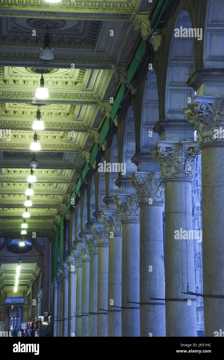 Italy, Lombardy, Milan, Piazza del Duomo, arches Stock Photo
